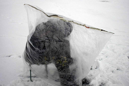 Для зимней рыбалки выбираем палатку